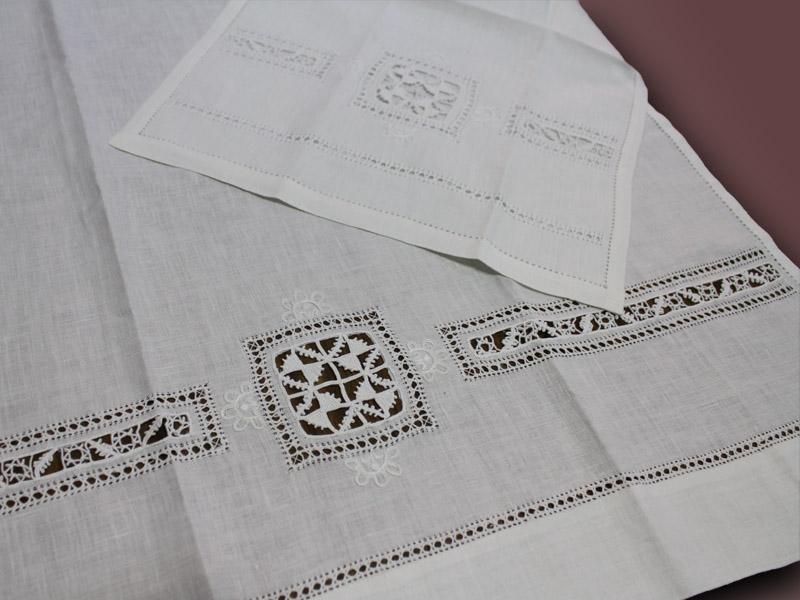 Super 686 - euroricami viterbo - Coppia asciugamano ricamata a mano YH09