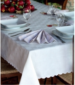 Tablecloth Checkers for 18 people pure cotton scalloped 180 x 360 cm